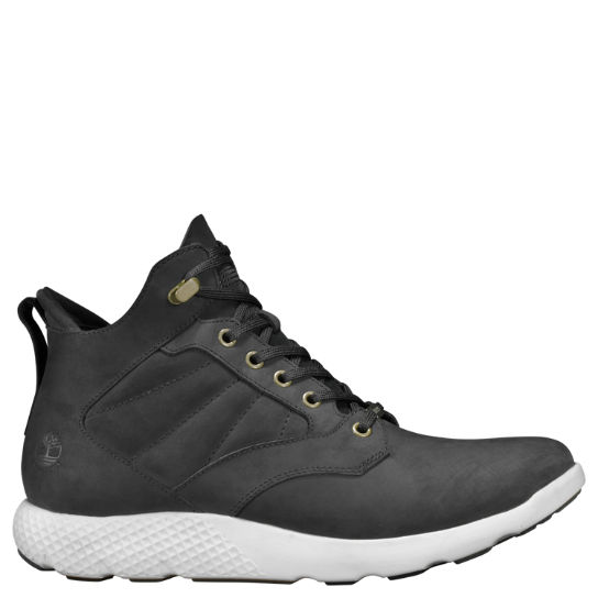 Men's FlyRoam™ Waterproof Chukka Sneakers