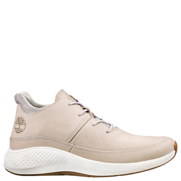 Men's FlyRoam™ Go Leather Chukka Sneakers-