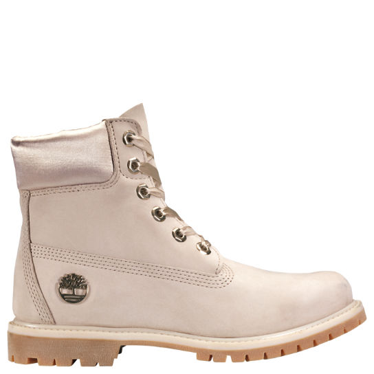 NEW IN THE BOX TIMBERLAND YOUTH 6-INCH PREMIUM WATERPROOF BOOTS FOR CHILDREN