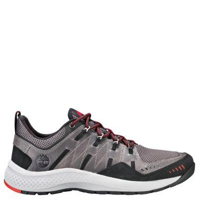 Men's FlyRoam™ Trail Low Leather Sneakers