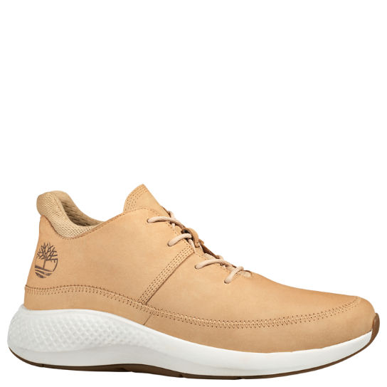 Men's FlyRoam™ Go Leather Chukka Sneakers