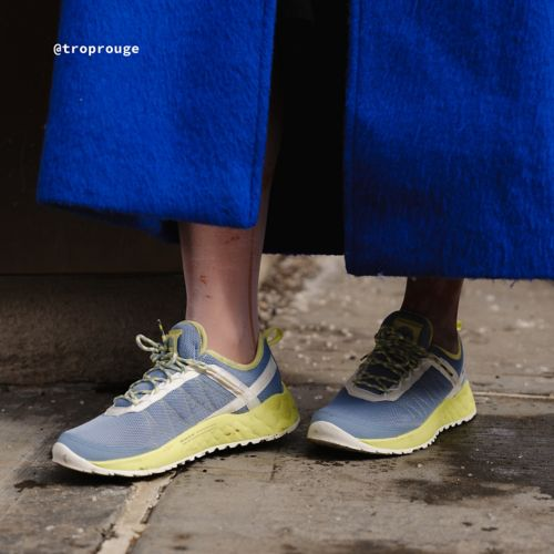 Women's Solar Wave Mesh Sneakers-